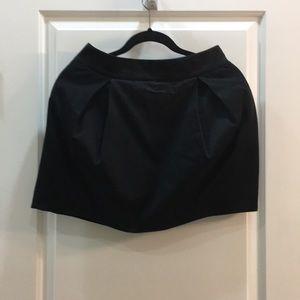 Pleated mini skirt, size 2